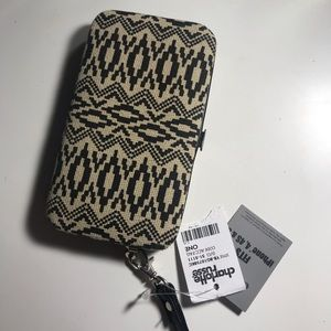 Phone Case & Wallet - IPhone 5